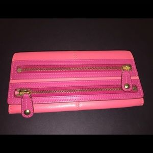 Coach 2 Zippers On Front Salmon Wallet
